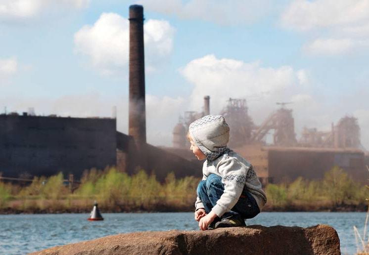загрязнение воздуха вызывает у детей аутизм