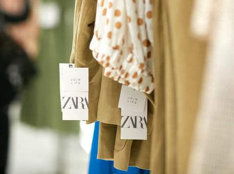 Zara обещает использовать 100% устойчивые ткани